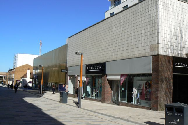 Thumbnail Retail premises to let in 26 High Street, Bracknell, Berkshire