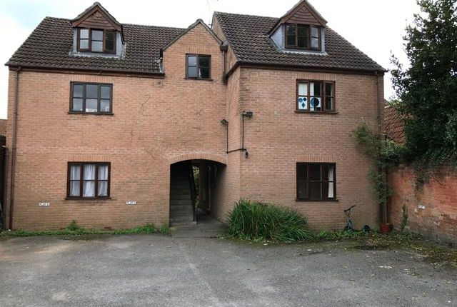 Thumbnail Flat to rent in St Georges Court, Glastonbury