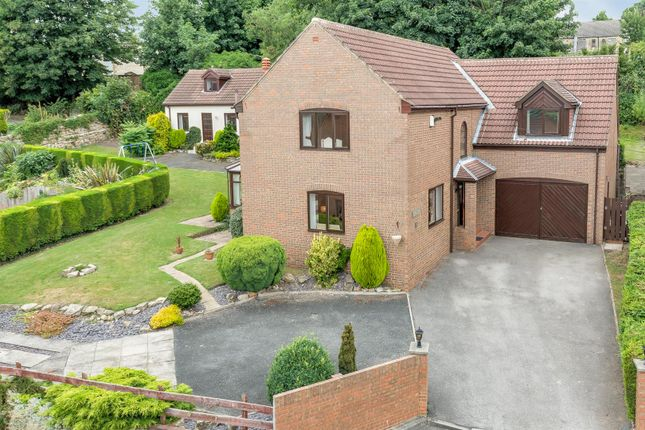 Thumbnail Detached house for sale in Hall Park Rise, Kippax, Leeds