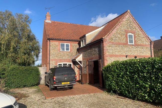 4 bed detached house to rent in Croxton Road, Fulmodestone, Fakenham NR21