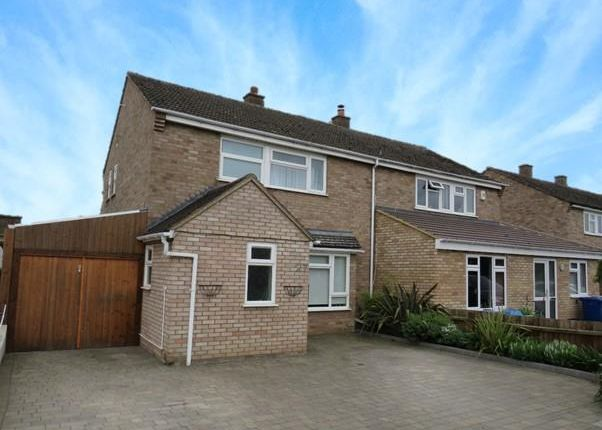 3 bed property to rent in Heathbell Road, Newmarket CB8