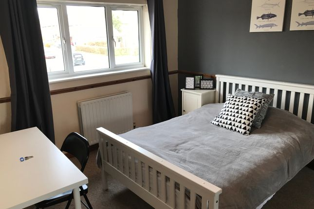 Thumbnail Room to rent in Ellingham Road, Hemel Hempstead Industrial Estate, Hemel Hempstead