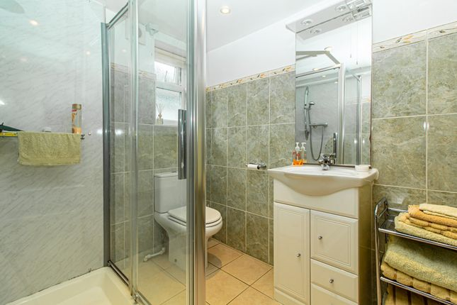 Shower Room of Gravel Road, Leigh-On-Sea SS9