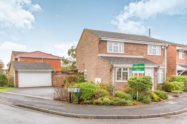Properties For Sale In Park Gate And Locks Heath