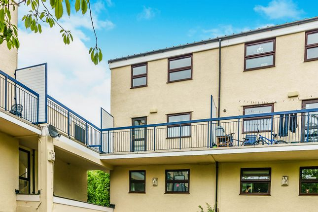 Thumbnail Maisonette for sale in Raglan Road, Cumberland Park Gardens, Plymouth