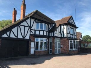 Thumbnail Hotel/guest house for sale in Askew Avenue, Hull