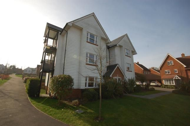 Thumbnail Flat for sale in Baxendale Way, Uckfield, East Sussex