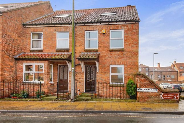 Thumbnail Semi-detached house to rent in New Walkergate, Beverley
