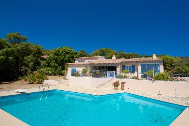 Thumbnail Villa for sale in Med688Vc, La Croix Valmer: Close To The Beaches And The Village:, France