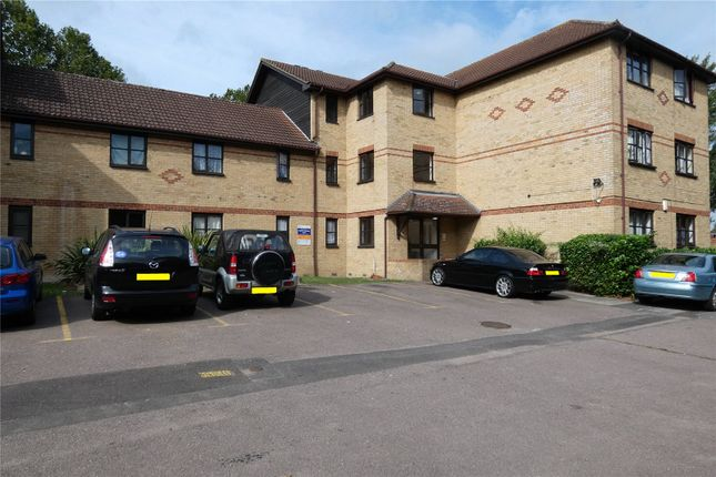 Thumbnail Flat for sale in Hickory Close, Edmonton, London