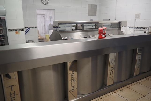 Thumbnail Leisure/hospitality for sale in Fish & Chips LS17, Alwoodley, West Yorkshire