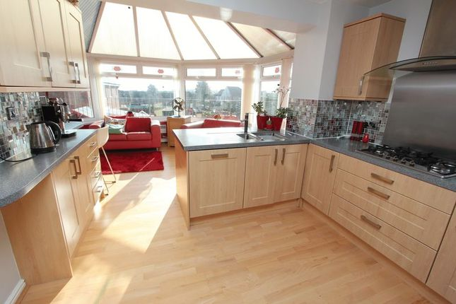 Thumbnail Detached house for sale in Gelyn Y Cler, Pencoedtre, Barry