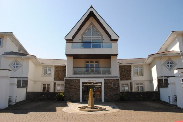 Flat for sale in King Edward Road, Onchan IM32Be