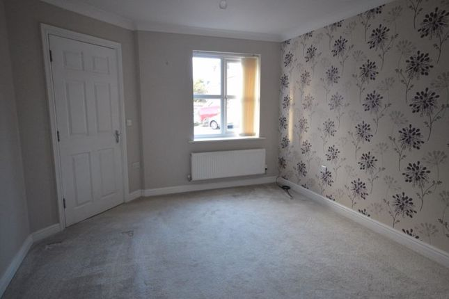 Photo 4 of Orchard Way, Castleford WF10