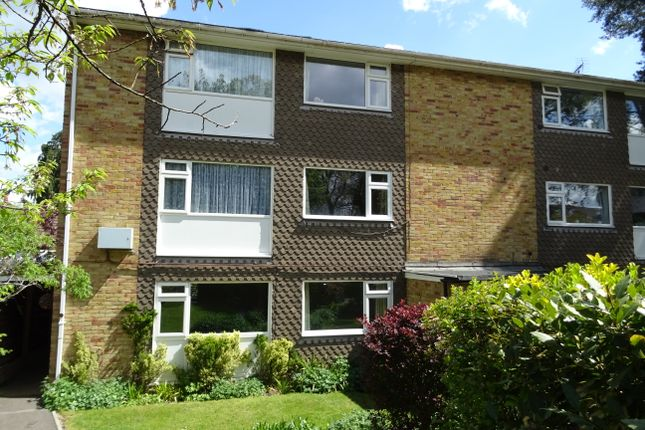2 bed maisonette for sale in Hayden Court, New Haw KT15