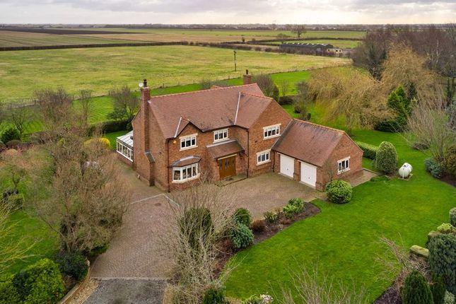 Thumbnail Farmhouse for sale in Brinkton Lodge, East Cowick, Goole