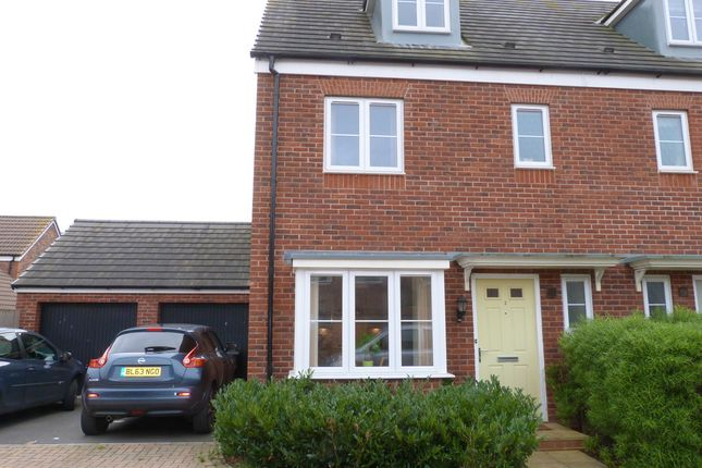 Thumbnail Town house to rent in Manston Way Kingsway, Quedgeley, Gloucester