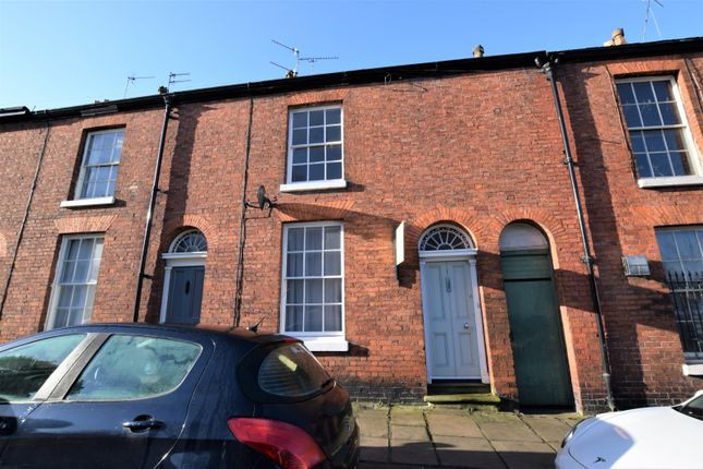 Terraced house to rent in James Street, Macclesfield