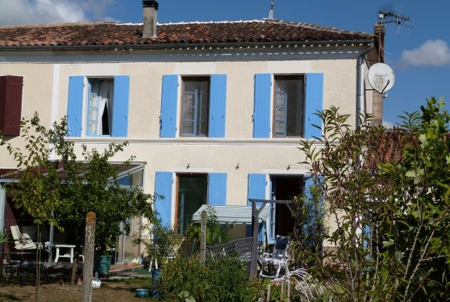 3 bed property for sale in Cresse, Poitou-Charentes, France