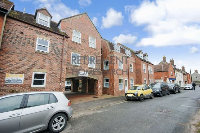 Thumbnail Flat for sale in Hillyard Court, Wareham