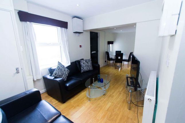 Thumbnail Flat to rent in Flat 1, 55 St Michaels Lane, Headingley