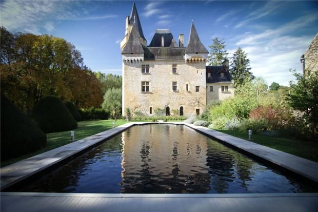 Thumbnail Property for sale in Exquisite Riverside Chateau, Nr Les Eyzies-De-Tayac-Sireuil, Dordogne
