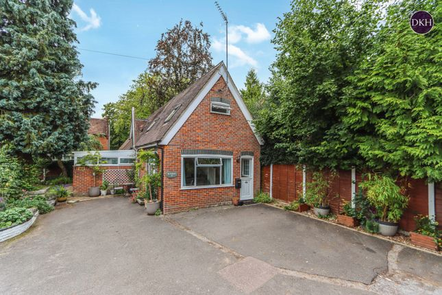 Thumbnail Detached house for sale in Watford Road, Croxley Green, Rickmansworth