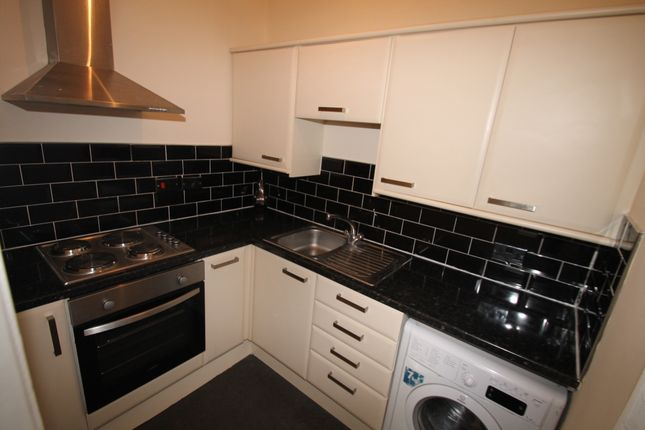 Thumbnail Flat for sale in Seaton Court, Plymouth
