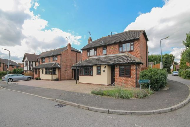 Thumbnail Detached house for sale in Pittfields, Langdon Hills, Basildon
