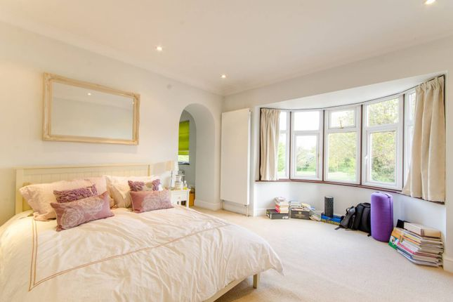 Thumbnail Detached house for sale in Windsor Road, Finchley