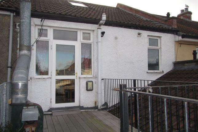 Thumbnail Flat to rent in Southmead Road, Westbury-On-Trym, Bristol