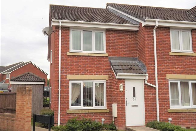 Thumbnail Town house for sale in Kelstern Close, Bolton