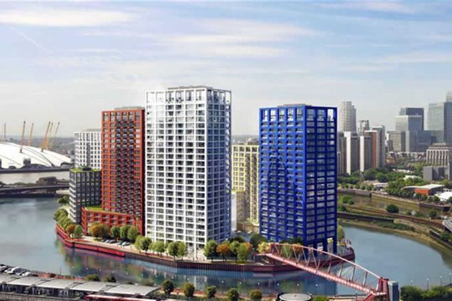 Thumbnail Flat for sale in Montagu House, London City Island, London