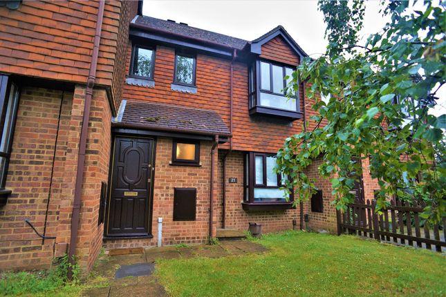Thumbnail Maisonette to rent in Woodstock Road, Rochester, Kent