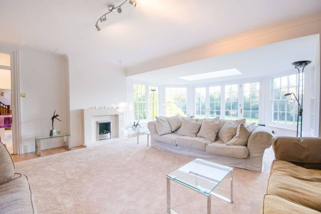 7 bed property for sale in The Old House, Totteridge Green, Totteridge