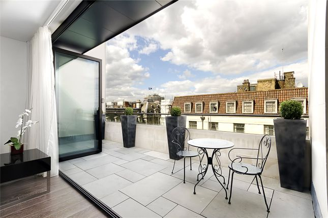 Thumbnail Flat for sale in Marconi House, 336-337 Strand, London