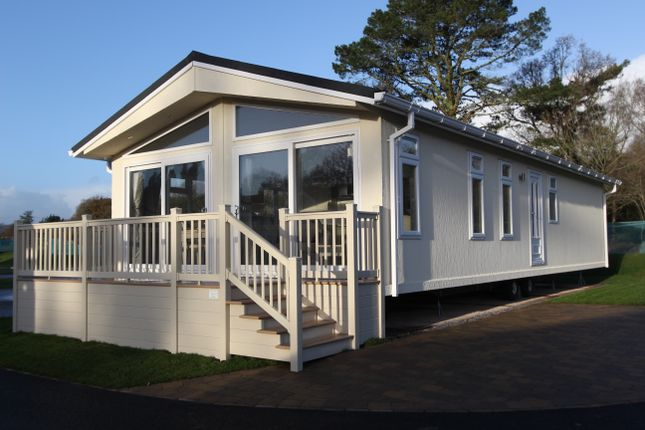 Thumbnail Mobile/park home for sale in Regency Court, Stover, Newton Abbot