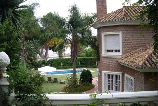 View Of Property of Spain, Málaga, Málaga, Pinares De San Antón
