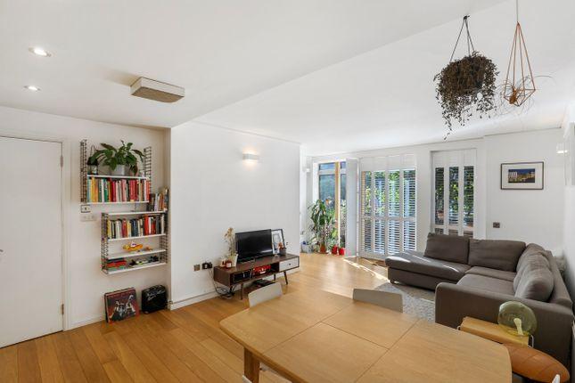 Thumbnail Flat for sale in Maurer Court, John Harrison Way, Greenwich