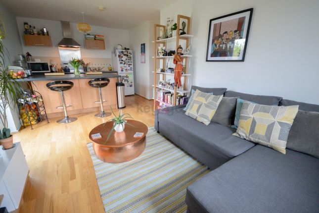 2 bed flat to rent in Oxclose Park Rise, Halfway, Sheffield S20