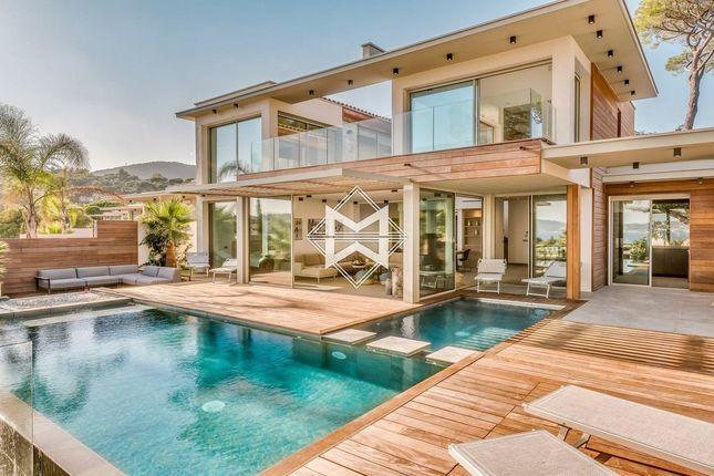 Villa for sale in Sainte-Maxime, 83120, France