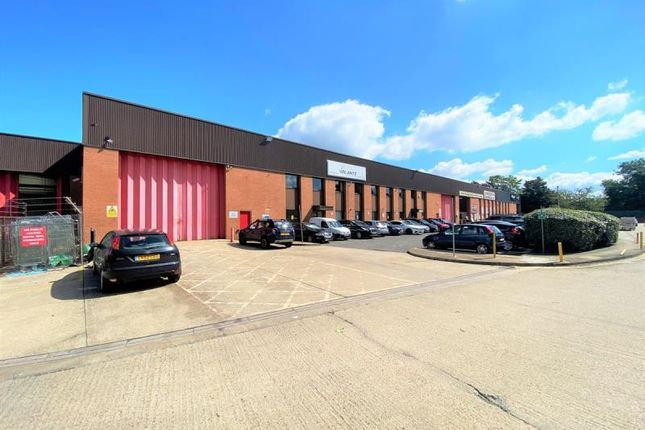 Thumbnail Warehouse to let in Fairfield Trade Park, 3-4, Villiers Road, Kingston Upon Thames