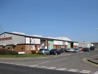 Light industrial to let in Dunslow Court, Cayton Low Road, Scarborough, North Yorkshire