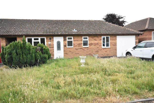 Thumbnail Detached bungalow for sale in Holmefield, Farndon, Newark