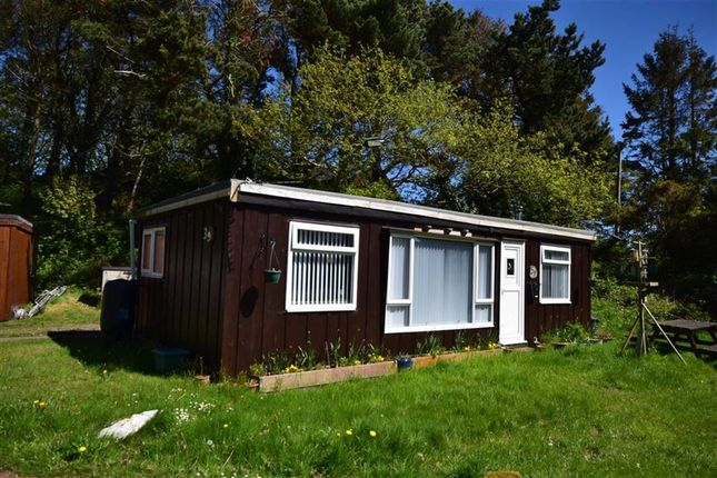 Thumbnail Detached bungalow for sale in 39, Plas Panteidal, Aberdyfi, Gwynedd