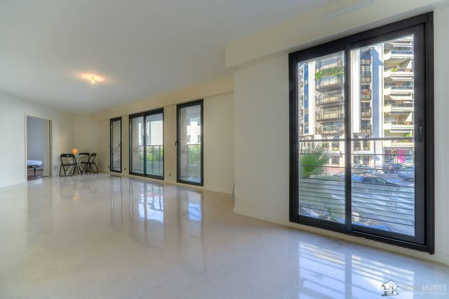 1 bed apartment for sale in Cannes, Alpes Maritimes, France