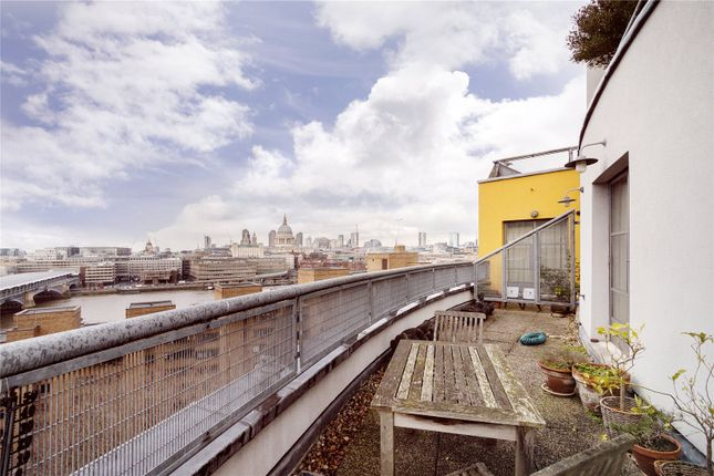 Thumbnail Flat to rent in Bankside Lofts, 65 Hopton Street, London