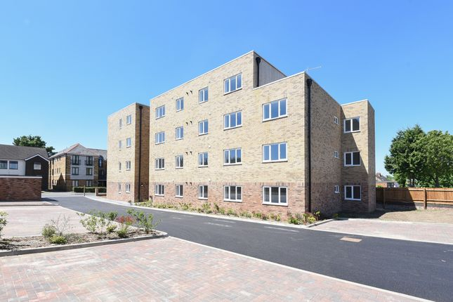 Thumbnail Flat for sale in Marsh Road, Leagrave