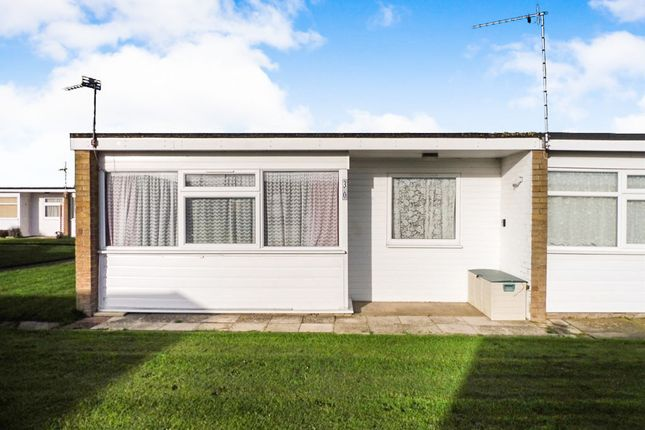 Thumbnail Mobile/park home for sale in California Road, California, Great Yarmouth