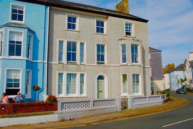 West End, Beaumaris LL58